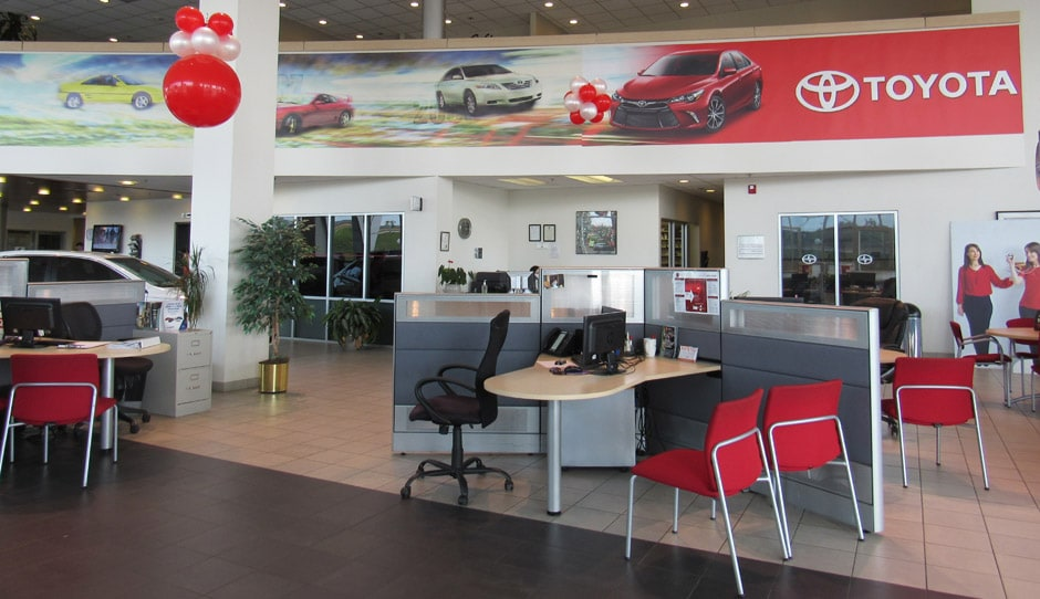 Photo of inside the Bommarito Toyota showroom