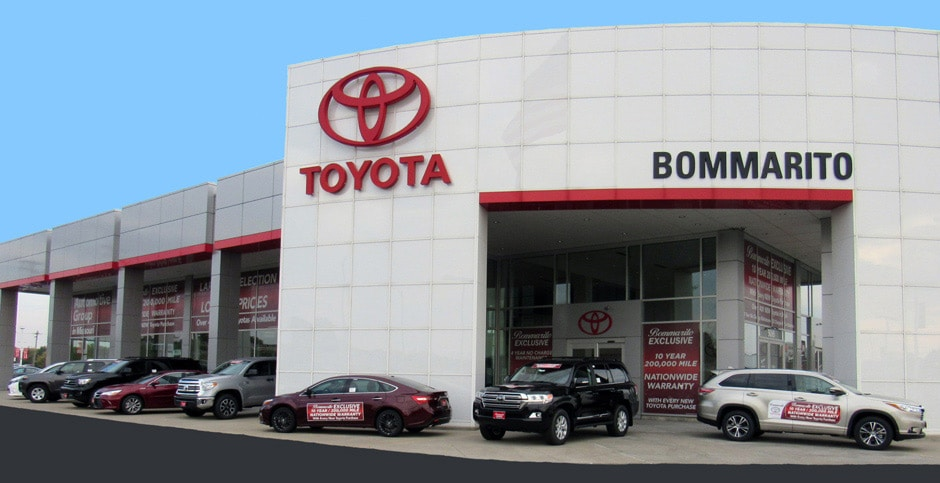 Photo of the front of the Bommarito Toyota dealership in Hazelwood, MO