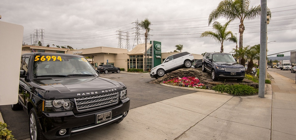 Exterior view of Land Rover South Bay Serving Torrance