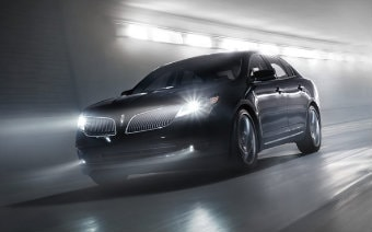 2016 Lincoln MKS near Newark DE