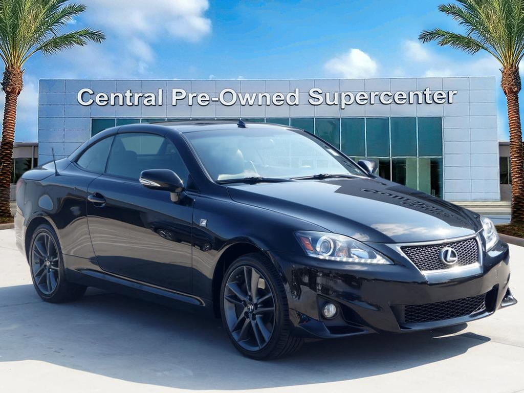 2014 Lexus IS 350C Looking for a clean well-cared for 2014 Lexus IS 350C This is it Your buying