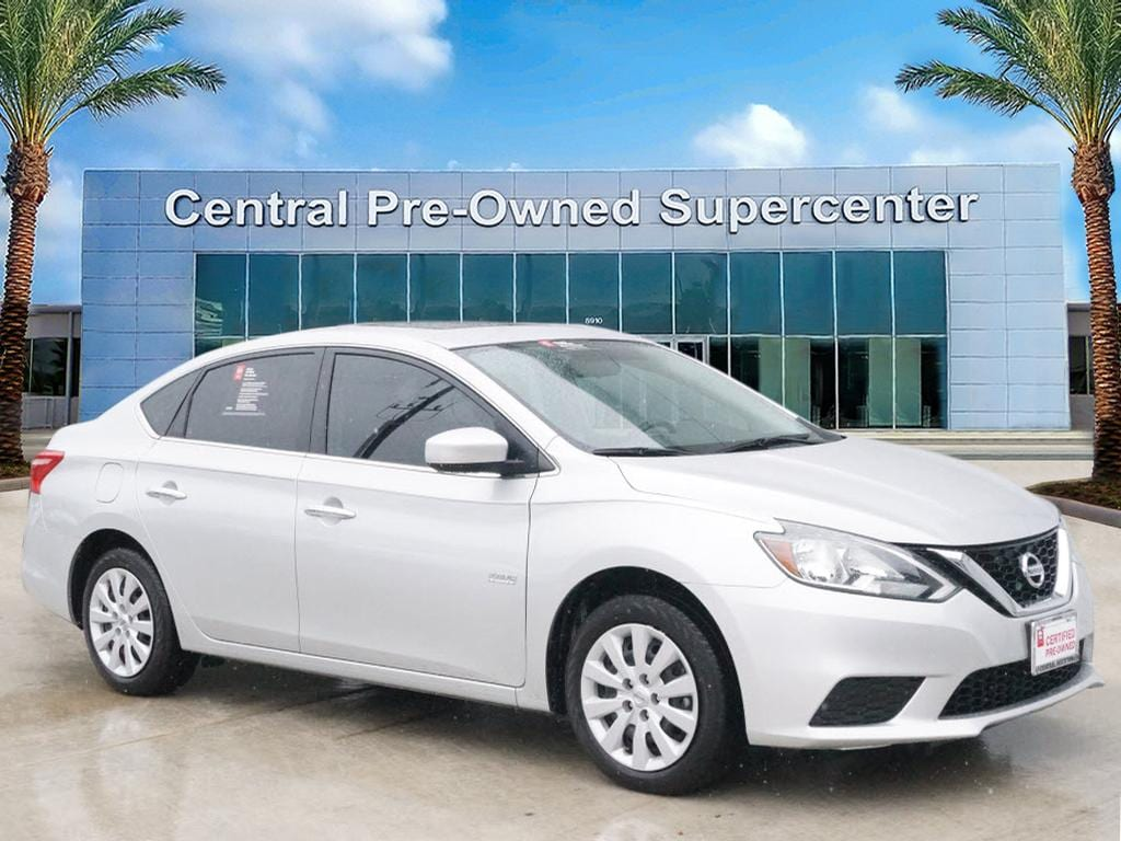 2017 Nissan Sentra S This 2017 Nissan Sentra S is offered to you for sale by Central Houston Nissan