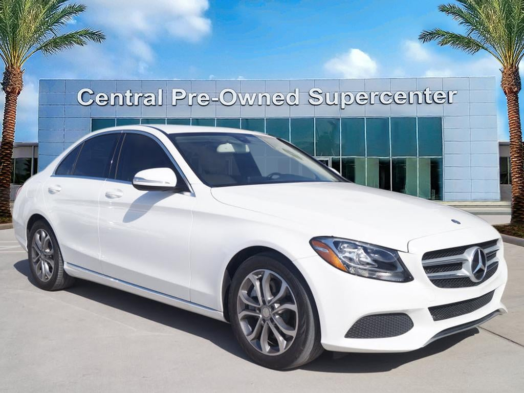 2015 Mercedes C-Class C 300 This 2015 Mercedes-Benz C-Class C 300 is offered to you for sale by Cen