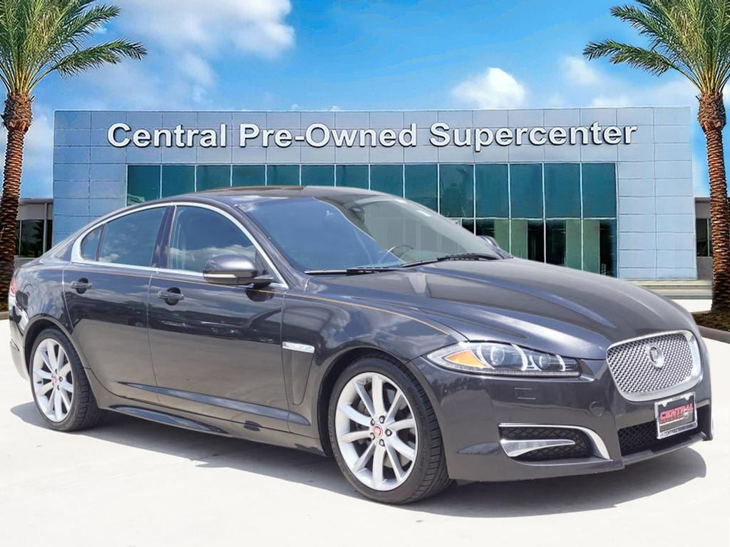 2012 Jaguar XF Portfolio Check out this gently-used 2012 Jaguar XF we recently got in When you pu