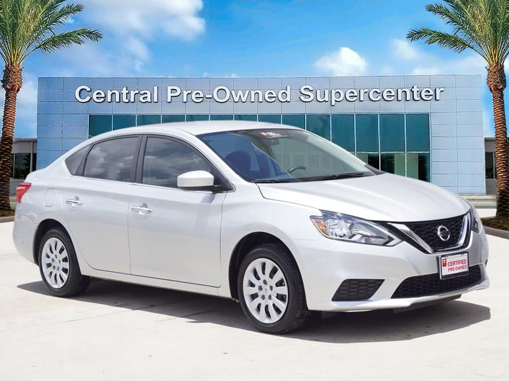 2017 Nissan Sentra S This 2017 Nissan Sentra S is proudly offered by Central Houston Nissan Drive
