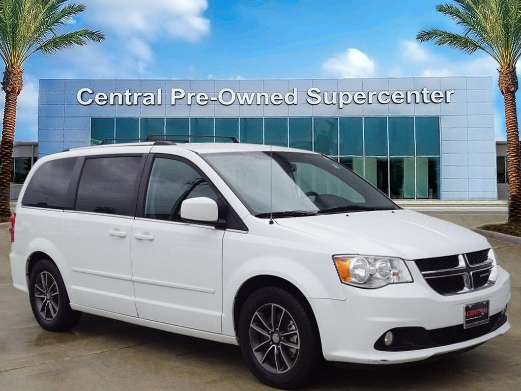 2017 Dodge Grand Caravan SXT This 2017 Dodge Grand Caravan SXT is offered to you for sale by Centra