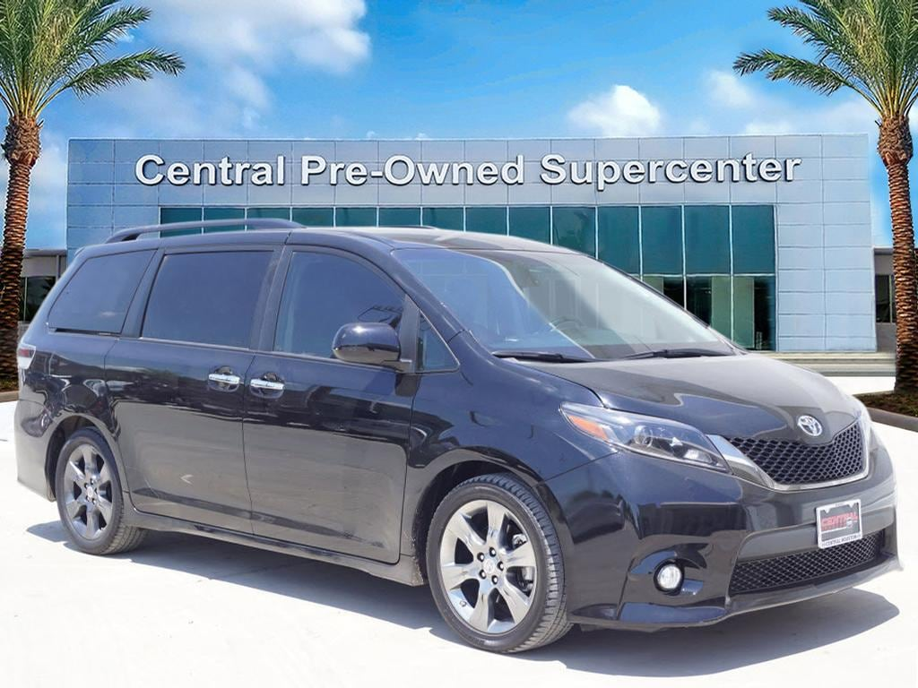 2015 Toyota Sienna SE This 2015 Toyota Sienna SE is proudly offered by Central Houston Nissan This