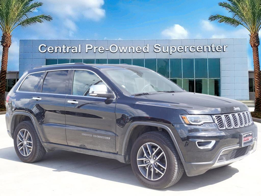 2017 Jeep Grand Cherokee Limited RWD This outstanding example of a 2017 Jeep Grand Cherokee Limited