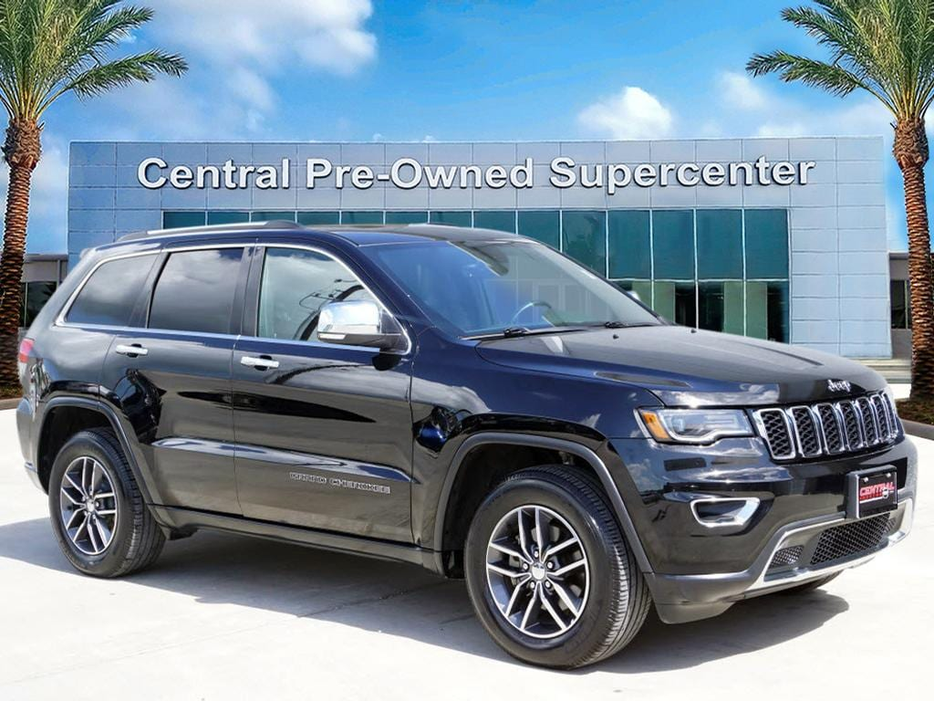 2017 Jeep Grand Cherokee Limited RWD This 2017 Jeep Grand Cherokee Limited is proudly offered by C