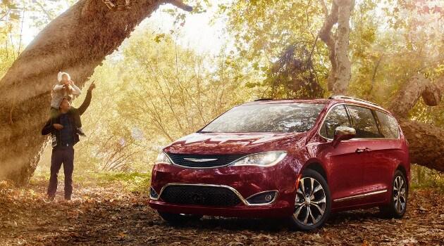 2017 Chrysler Pacifica Model in Woods
