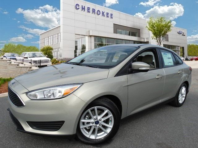2015 Ford Focus SE SIRIUS Climb inside the 2015 Ford Focus This vehicle is a triumph continuing