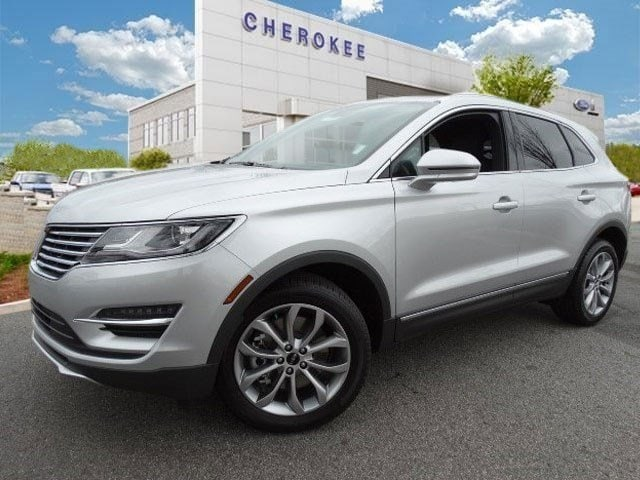 2015 Lincoln MKC NAVIGATION PKG Take command of the road in the 2015 Lincoln MKC It delivers styl