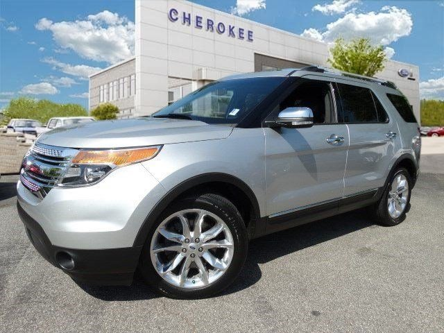 2013 Ford Explorer XLT Treat yourself to a test drive in the 2013 Ford Explorer This vehicle stan
