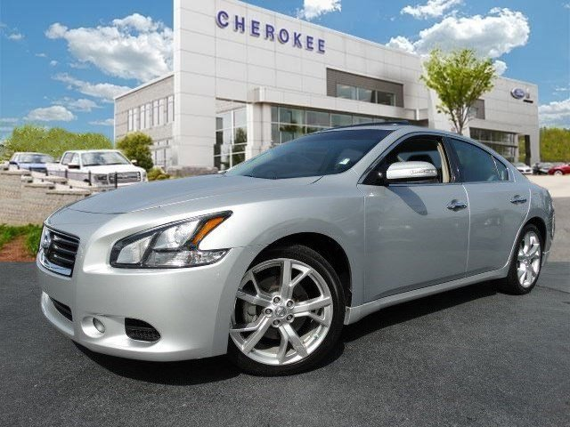 2012 Nissan Maxima 35 SV Familiarize yourself with the 2012 Nissan Maxima The safety you need an