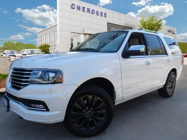 2015 Lincoln Navigator LEATHER MOONROOF NAVIGATION PK Take command of the road in the 2015 Lincol