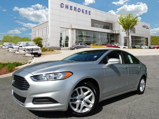 2016 Ford Fusion SE Introducing the 2016 Ford Fusion It offers the latest in technological innova