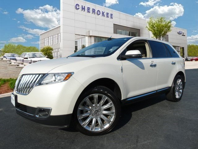 2013 Lincoln MKX Looking for a used car at an affordable price Come test drive this 2013 Lincoln