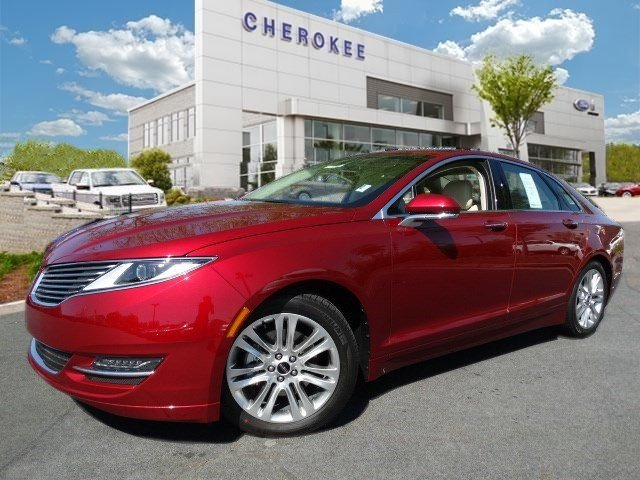 2015 Lincoln MKZ Discerning drivers will appreciate the 2015 Lincoln MKZ It delivers plenty of po