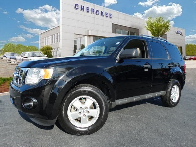 2010 Ford Escape XLT Treat yourself to a test drive in the 2010 Ford Escape It offers the latest
