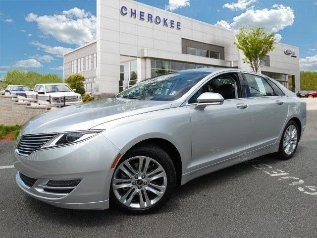 2016 Lincoln MKZ Looking for a new car at an affordable price Introducing the 2016 Lincoln MKZ B