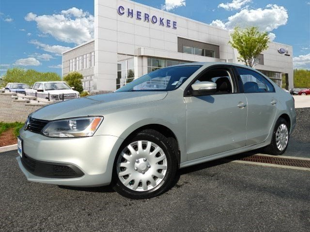 2011 Volkswagen Jetta Load your family into the 2011 Volkswagen Jetta It comes equipped with all