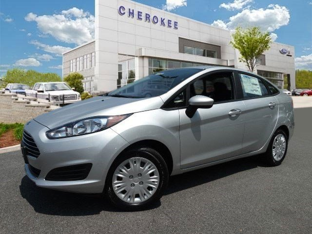 2015 Ford Fiesta S Looking for a new car at an affordable price Outstanding design defines the 20