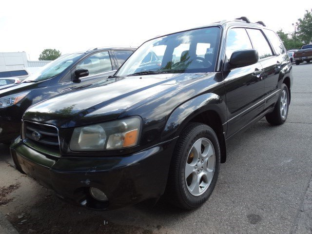 2004 Subaru Forester XS Sensibility and practicality define the 2004 Subaru Forester With active-