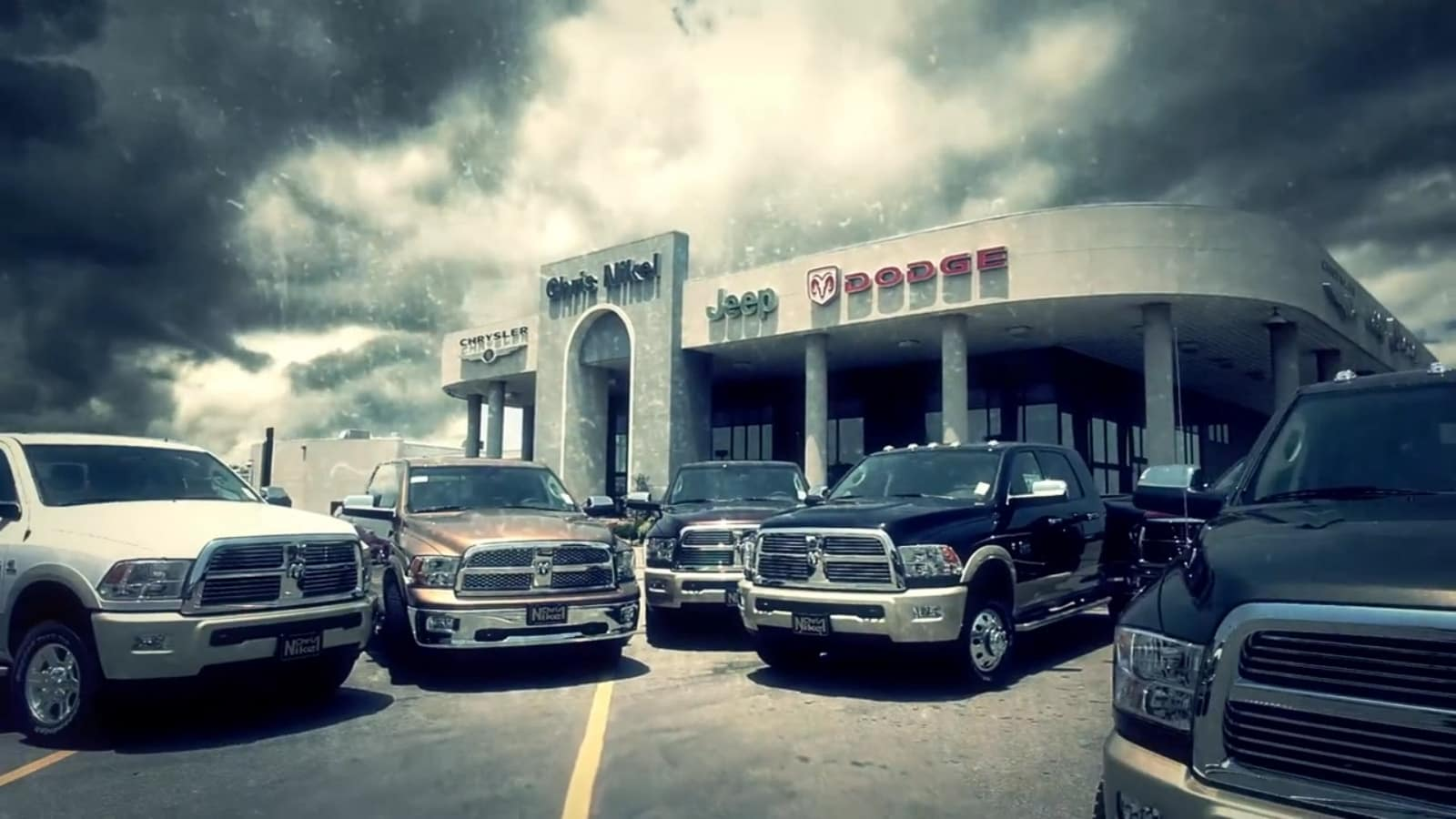 Jeep Oil Change Broken Arrow >> Chris Nikel Chrysler Jeep Dodge RAM | New Dodge, Jeep, FIAT, Chrysler, Ram dealership in Broken ...