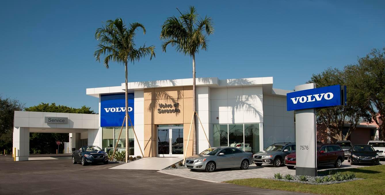 Volvo Dealership - SUV Volkswagen Tiguan
