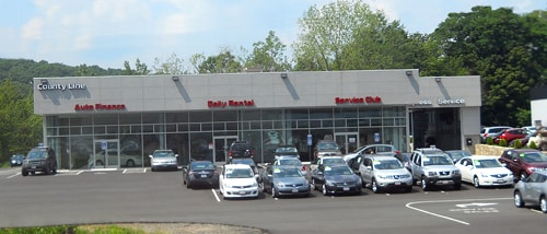 the auto service & car repair  shop at County Line Nissan in Middlebury CT