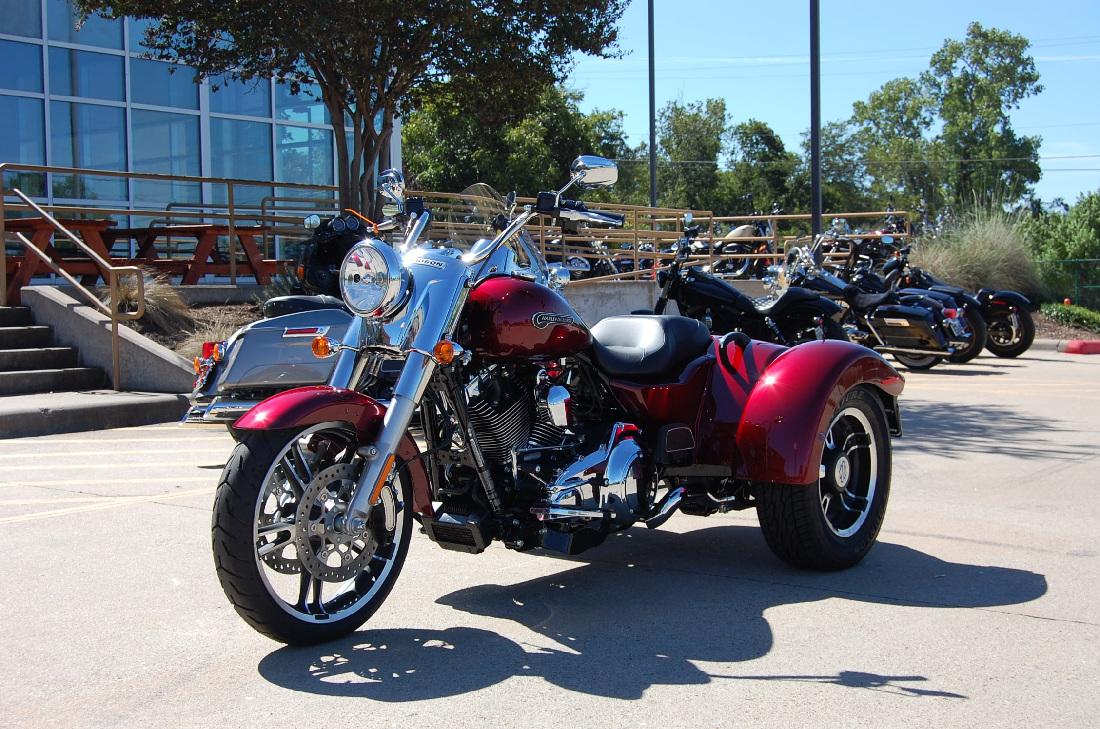 what are the 2015 tri glide colors html