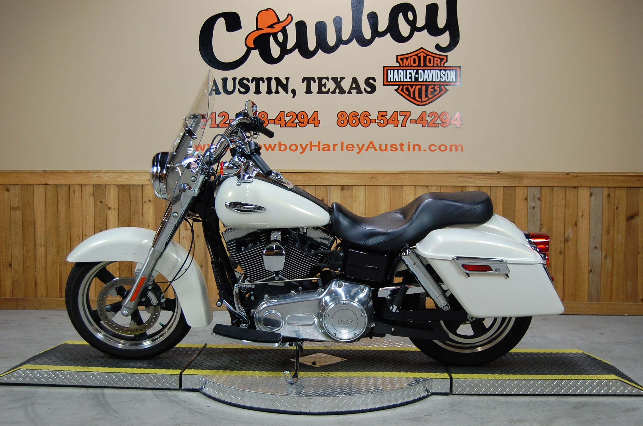 Dyna Motorcycles For Sale Austin Tx >> Harley Davidson 2014 Color Selections | Upcomingcarshq.com