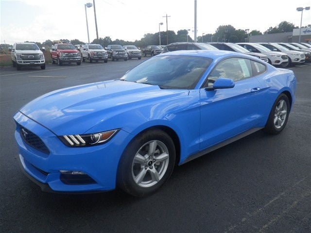 2017 Ford Mustang Base Package Coupe