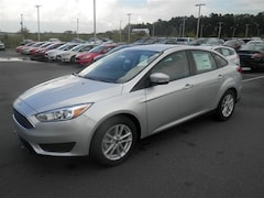 New 2017 Ford Focus SE Sedan 7FC4787 in Jacksonville, AR