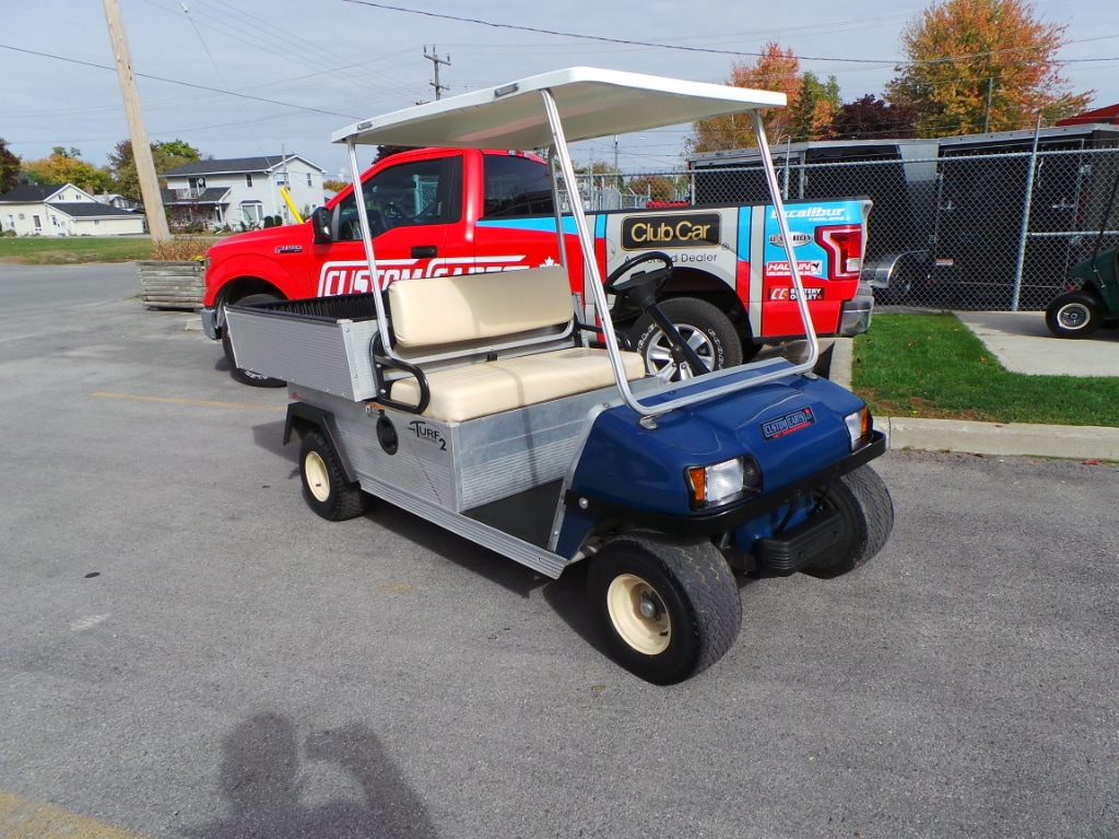 2008 CLUB CAR Carryall TURF 2 - GAS - UTILITY CART