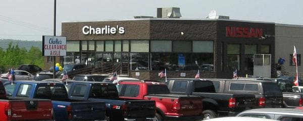 Charlie 39 s jeep new jeep dealership in augusta me 04330 for Charlie s motor mall augusta maine