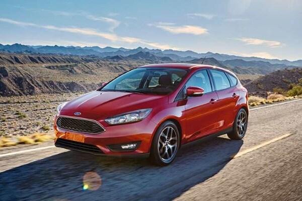 2017 Ford Focus vs. 2017 Hyundai Elantra