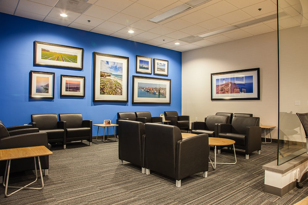 Customer Service Center Lounge at DCH Honda of Oxnard