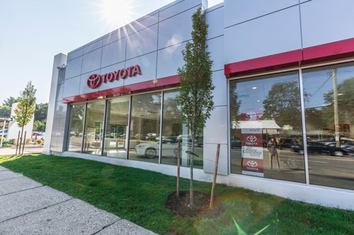 DCH Toyota City - 1305 East Boston Road
