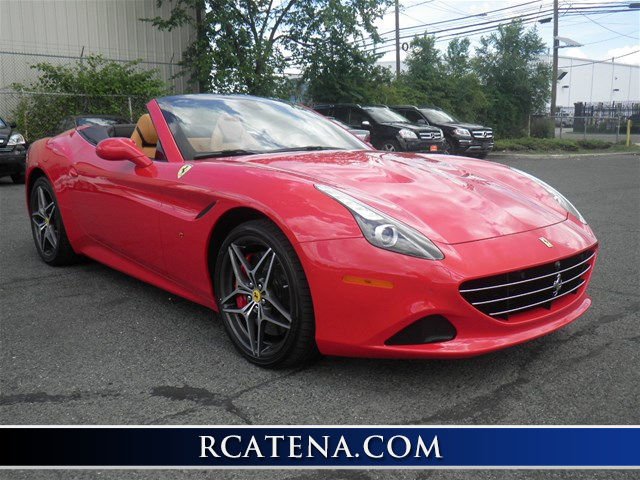 2016 Ferrari California T Convertible