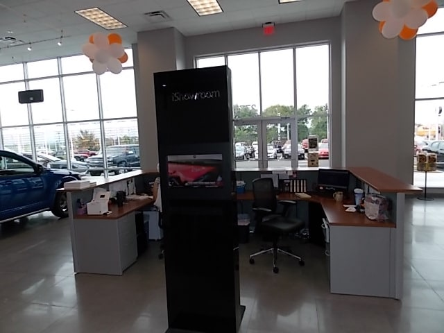 Chrysler Dodge Jeep Dealer Showroom near Sweetwater TN