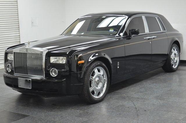 rolls royce phantom white with black rims. 2006 rollsroyce phantom sedan rolls royce white with black rims