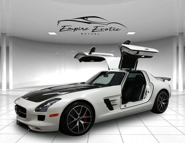 Welcome to Empire Exotic Motors this is a once in a lifetime opportunity to  own this stunning 2015 Mercedes Benz SLS AMG GT Final Edition collector car.