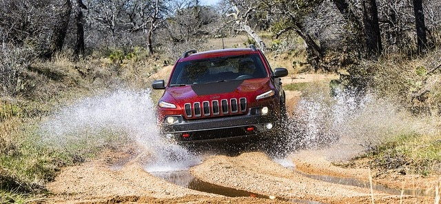 Red 2017 Jeep Cherokee in St. Louis, MO