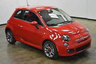 New 2017 FIAT 500 Pop Hatchback F7052 in Brunswick, OH