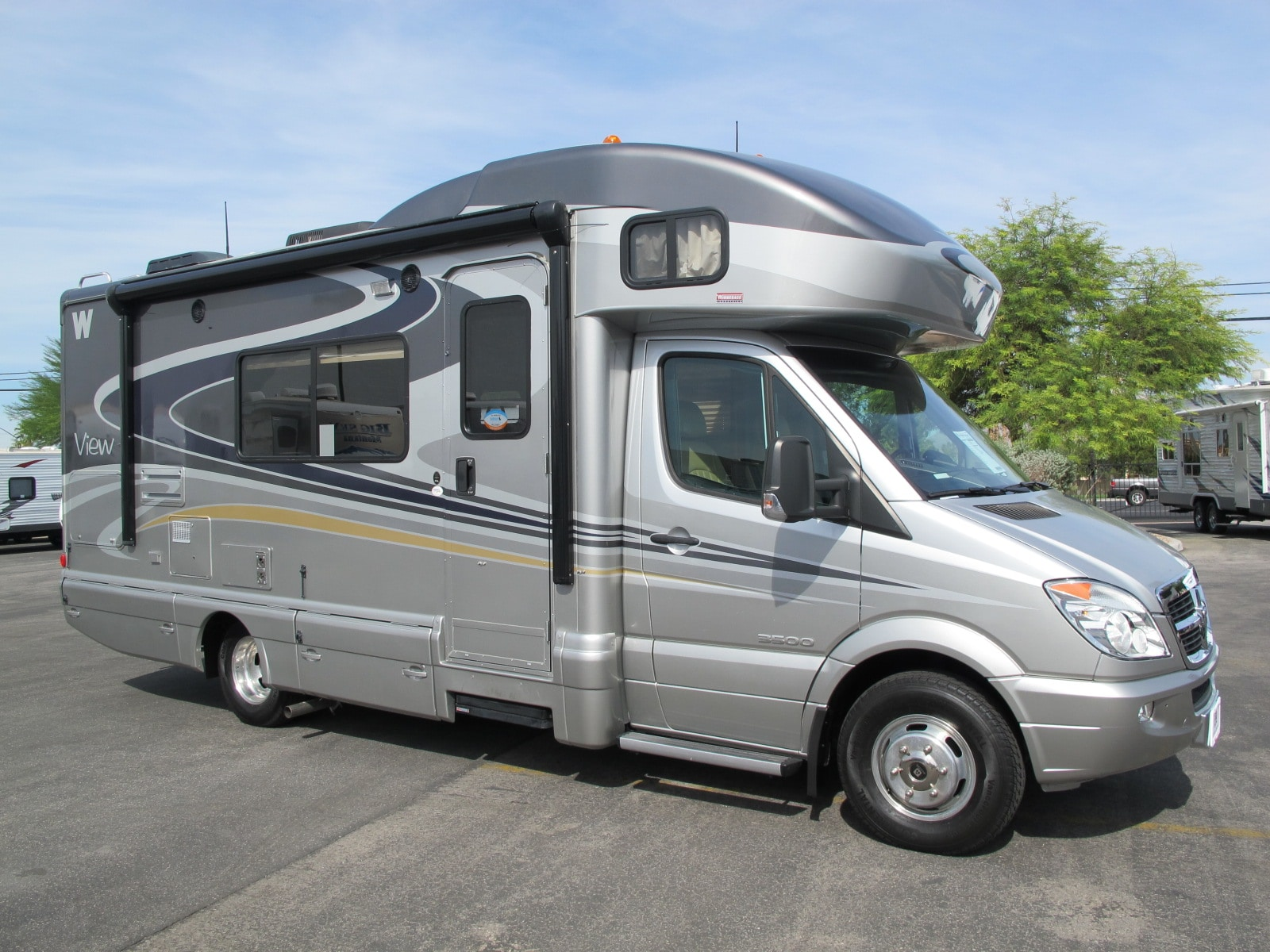 Unique Motorhome Rentals Phoenix  Luxury Motorhomes For Rent