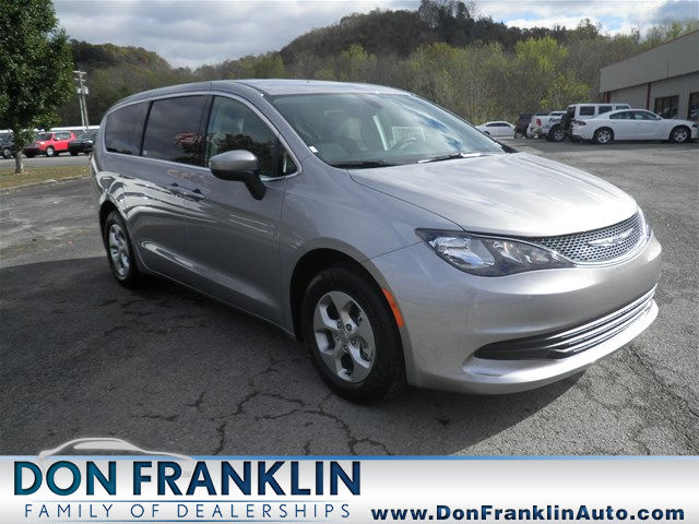 2017 Chrysler Pacifica LX FWD Mini-Van