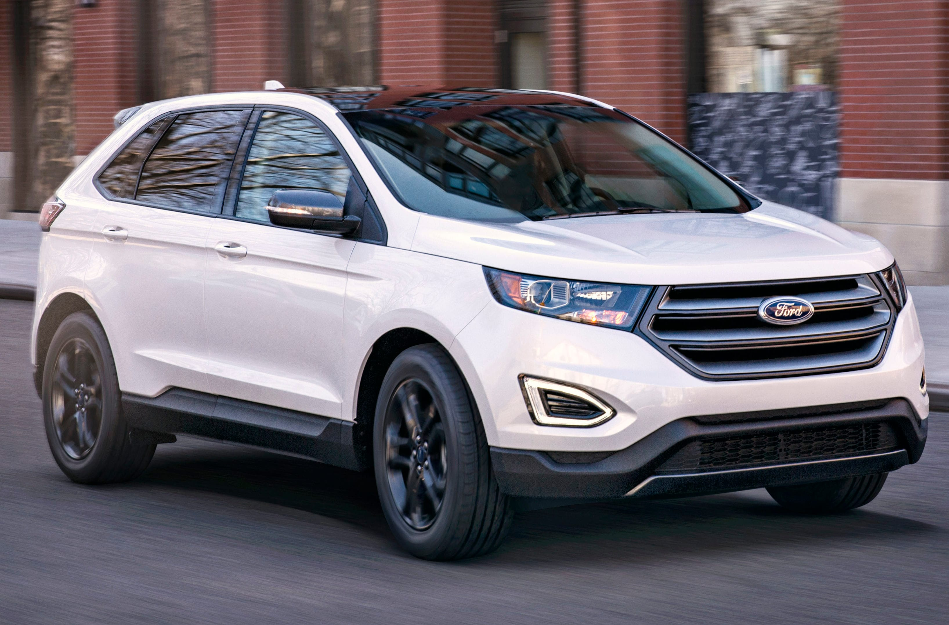 Power Hungry Engines The  Ford Edge Suv Is The Perfect Option For Those Looking Toward The Future From A Hands Free Foot Activated Liftgate That