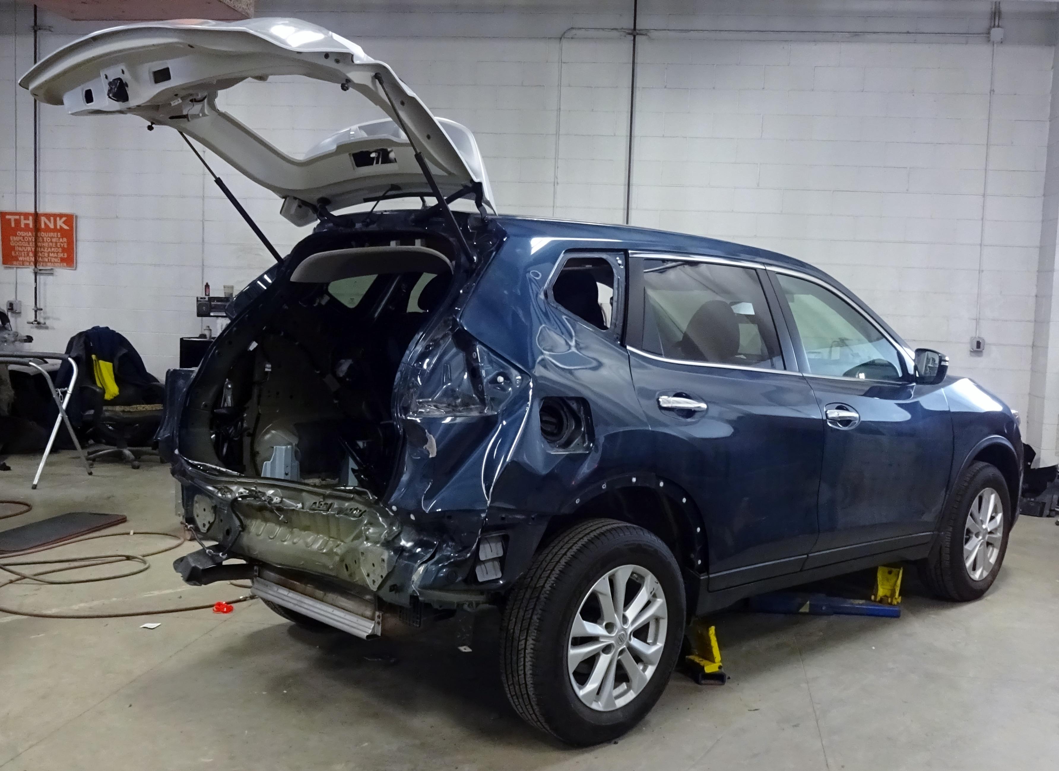 Gezon Motors New Mitsubishi Nissan Volkswagen Dealership In Grand Rapids Mi 49525