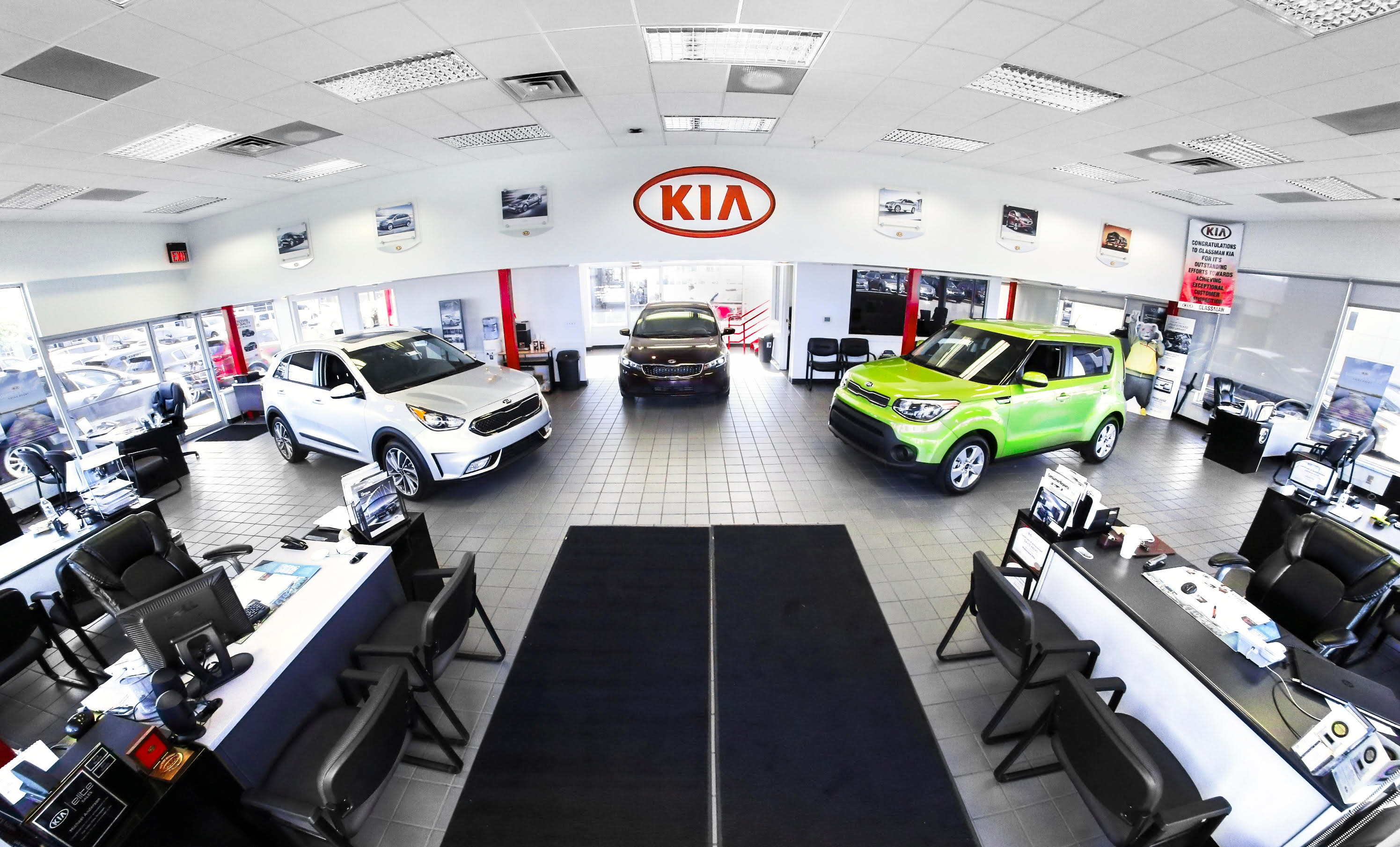 why service at glassman kia l southfield mi auto repair. Black Bedroom Furniture Sets. Home Design Ideas
